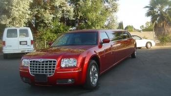 104_red-chrysler-limousine-800x533_10